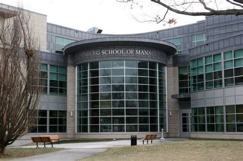 Umass Mba Ranking by Umass Isenberg School Of Management Ranked By Bloomberg