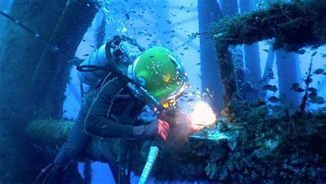 underwater welding salary career guidance welding