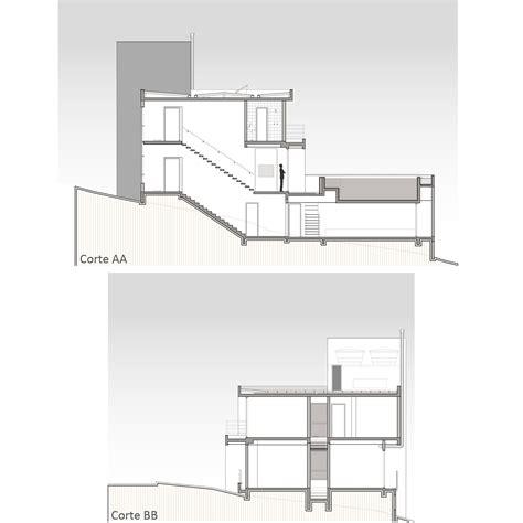 escaleras en corte frontal galeria de casa am arte urbana arquitetos 6