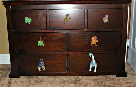 Bedroom Dresser Pulls Best 25 Knobs For Dressers Ideas On Pinterest Dresser Knobs And Pulls Dresser Makeovers And