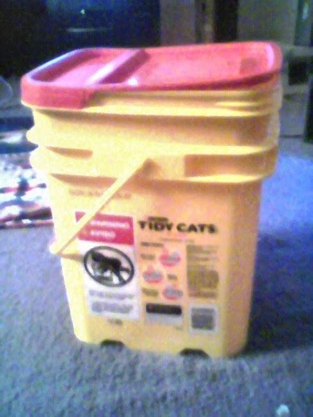 Reusing Cat Litter Buckets   ThriftyFun