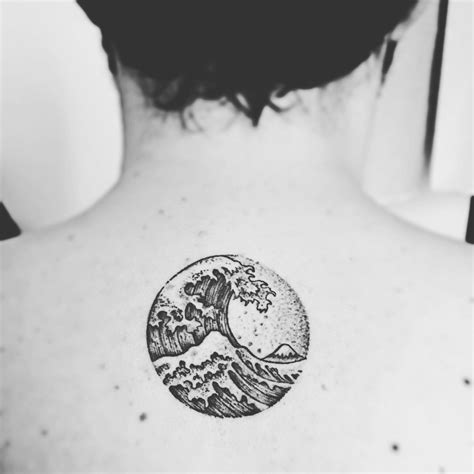 great wave tattoo hokusai s wave version dotwork