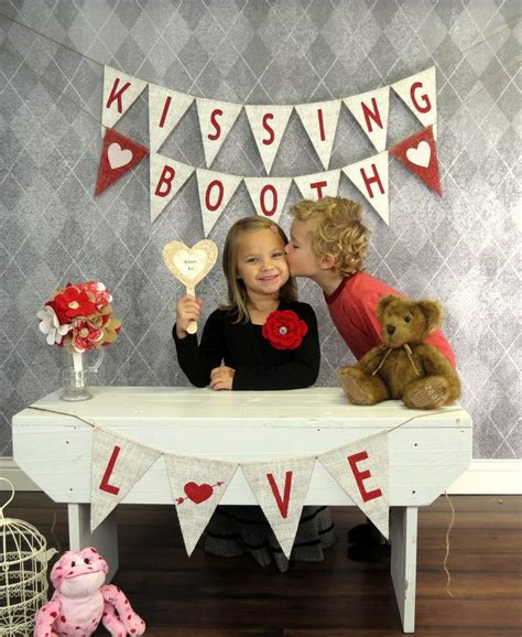 s day photo prop ideas 17 best images about valentines photography ideas on