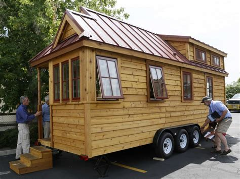 small houses on wheels tiny houses on wheels home decoration