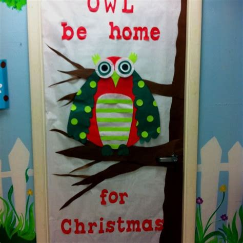 christmas themes classrooms 1000 images about door decorations on pinterest fall