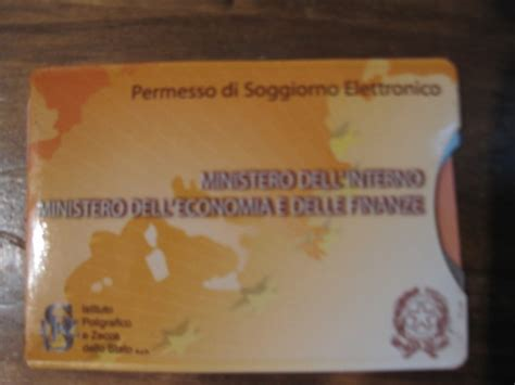 permesso di soggiorno italiano immigrazione con crisi permessi soggiorno lavoro