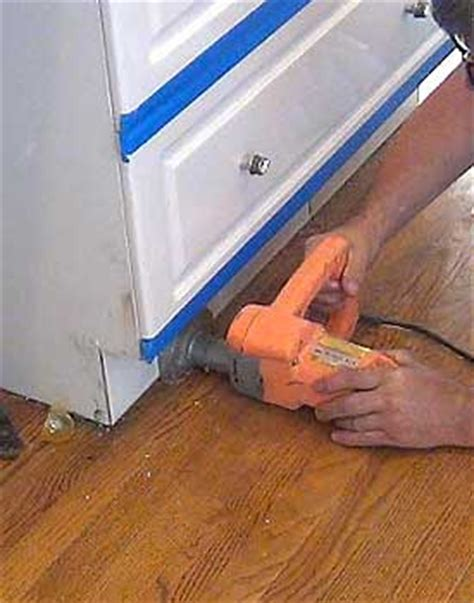 How To Install Toe Kicks On Kitchen Cabinets by Toe Kick Saws Cuts Plywood Flooring Cabinets