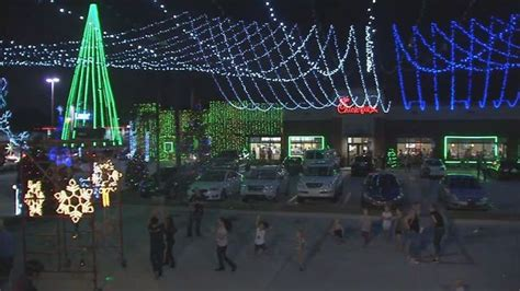 fil a christmas lights in ta waters ave fil a wows with annual light display