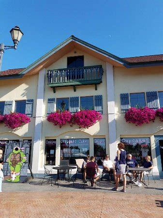 frankenmuth river place shops mi top tips before you go