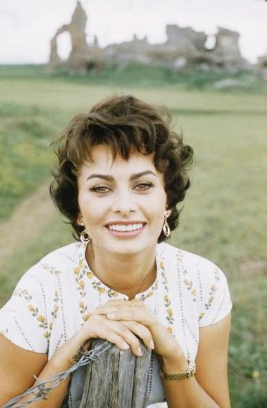 1950 italian hairstyles actress beauty tip 25 sophia loren skin comet over