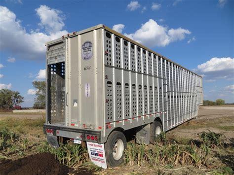 cattle trailer lighted sign merritt goldline cattle trailer nex tech classifieds