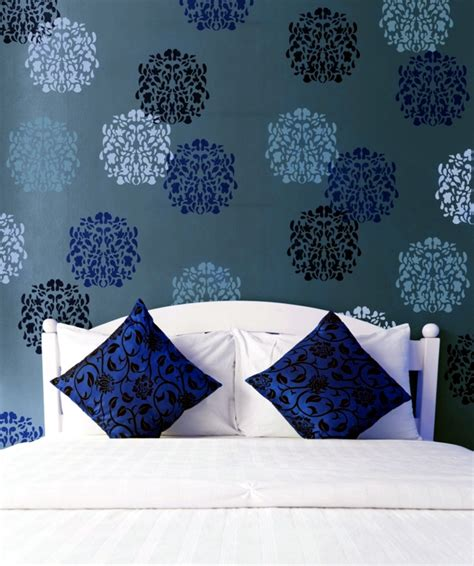 painting templates stencils paint the walls 21 creative ideas wall templates