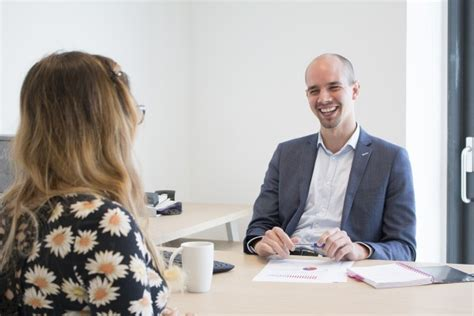 10 tips to become a successful interviewer dos and donts