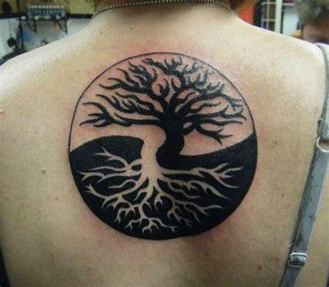 tattoo koi di punggung inilah 20 ide gambar tato yin yang terkeren gambar tips