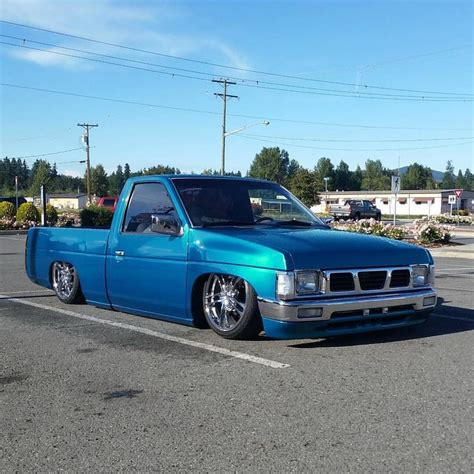 nissan hardbody lowered custom 14 best nissan hardbody images on pinterest mini trucks