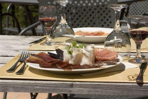 cucina tipica valle d aosta il meglio della cucina tradizionale valdostana