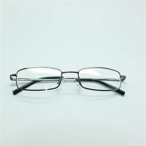 nearsighted farsighted reading glasses myopic presbyopic