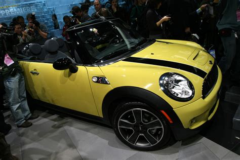 convertible units are set to be the future of apartment 2010 mini convertible 187 autoguide com news