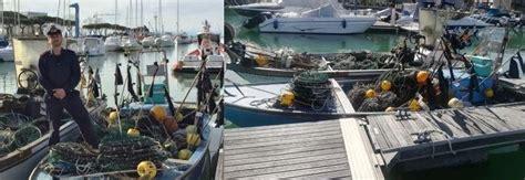 capitaneria di porto grado pesca di seppie sequestrate 750 nasse rischio di