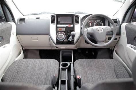 Kas Rem Mobil Luxio harga daihatsu luxio dan spesifikasi mei 2018