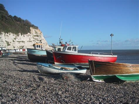 tow boat us cobb island beer beach photos uk beach guide