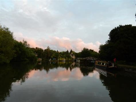 dinner on a boat oxfordshire views picture of oxford river cruises oxford tripadvisor