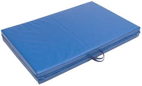 Everlast Folding Exercise Mat by Everlast Folding Exercise Mat 72 Inch By 24 Inch Blue New