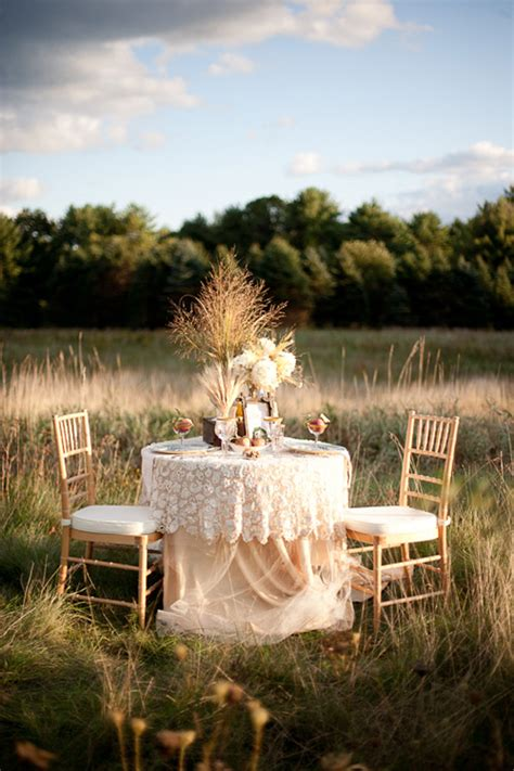 country chic fall wedding inspiration the sweetest occasion - Fall Country Wedding Decorations