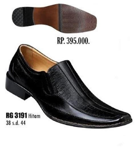 Sepatu Pria Merk Clark sepatu pantofel pria keren nih sepatu pantofel