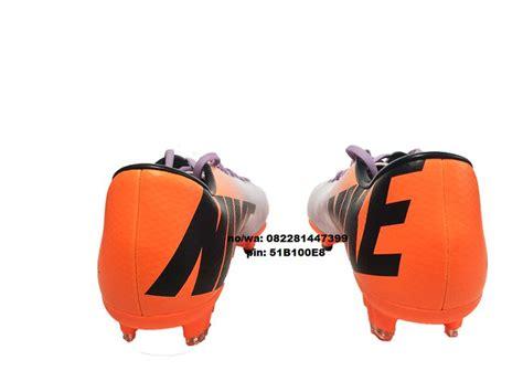 Jual Sepatu Futsal Mizuno Original by 1000 Ideas About Nike Original On Running