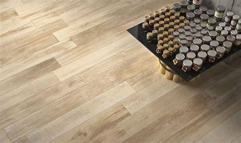 pavimento ceramica effetto parquet pavimento in gres effetto legno ecco perch 233 preferirlo al