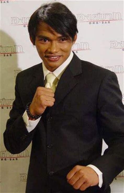 film ong bak thailand pemain best 25 tony jaa ideas on pinterest dynamic poses