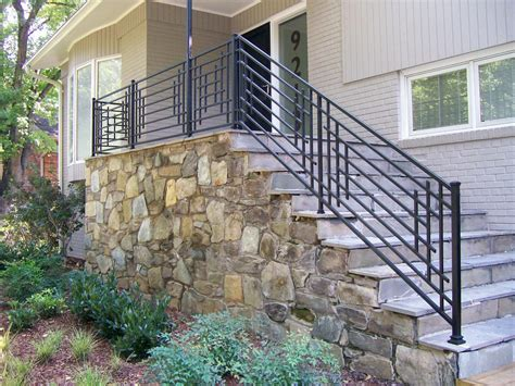 Exterior Banister by Outdoor Steps And Iron Railing Hgtv Front Steps Outdoor Steps