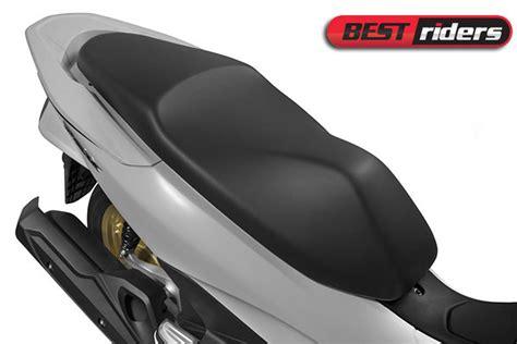 Pcx 2018 Abs Vs Cbs by Duelo De Scooters Honda Pcx Vs Sh 150i