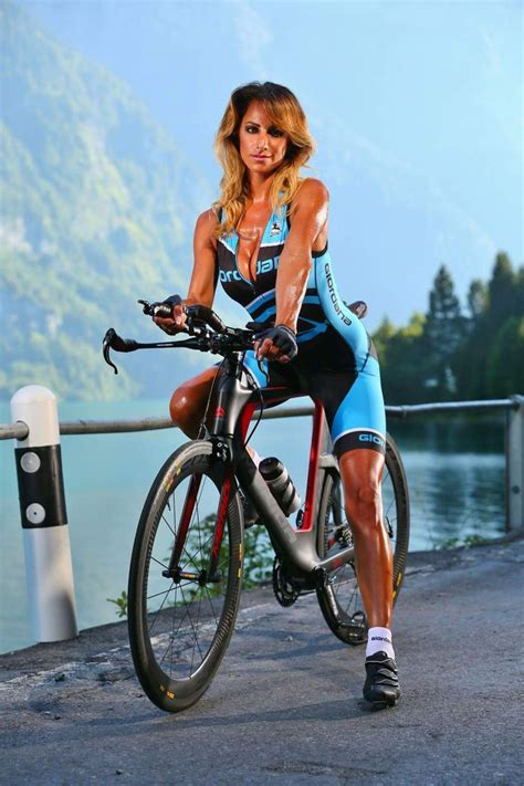 hot female bicycle riders 216 best images about female cycling pros on pinterest