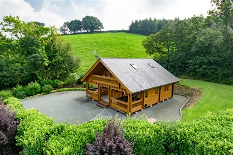 luxury lodges wales 5 lodges in wales with hot tub and