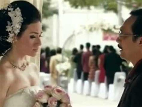 adegan panas film layar lebar indonesia adegan ciuman tyas mirasih dengan keith foo dalam film