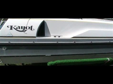 deck boats youtube 1990 kayot limited deckboat v8 youtube