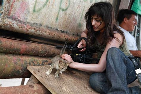 film petualangan di hutan amazon traveler cantik dinikahi kepala suku di hutan amazon