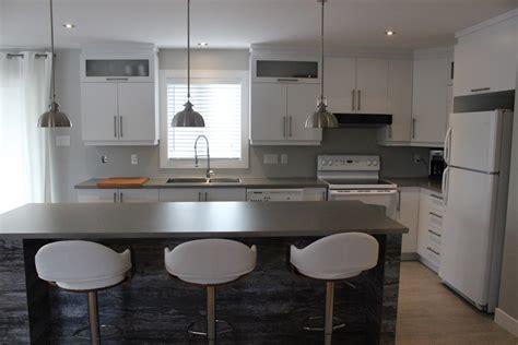 fa軋des de cuisine armoires de cuisine en polym 232 re blanc et 238 lot m 233 lamine