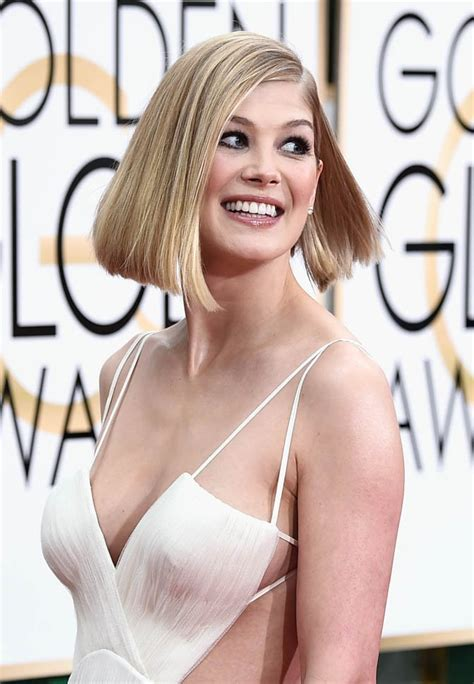 Jessica Cumberbatch Anderson by Rosamund Pike Missed In Alexander Wang At The Golden
