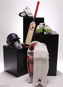 cricket equipment cricket bats gloves pads uk bat pad appeal the best cricket gear daily mail online
