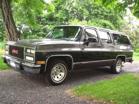 transmission control 1997 gmc suburban 2500 free book repair manuals find used 1991 gmc suburban 4dr 2wd 6 2l v8 black and silver 2 tone in great condition in hudson