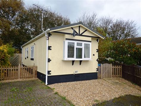 2 bedroom mobile home 2 bedroom mobile home for sale in mill lane littlehton