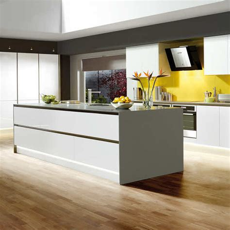 magnet kitchen cabinets integra white