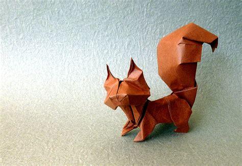 Origami Squirrel - 23 wonderful origami woodland animals