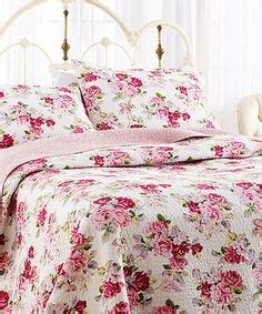 fabrics and linens on cath