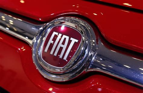 Chrysler Owns Fiat Fiat Could Be Forced To Buy Veba S Chrysler Shares In Out