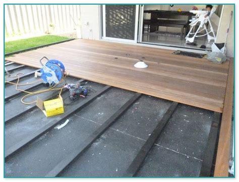 composite decking  concrete porch