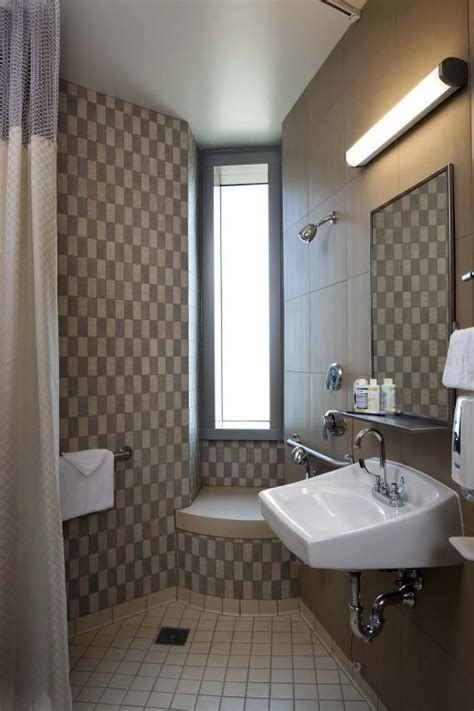 bathroom design center 65 best senior bathroom images on pinterest bathrooms